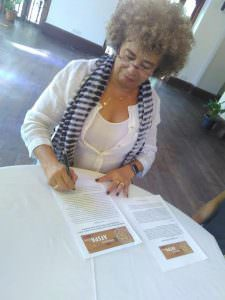 American Black Feminist Activist Angela Davis Appeals To President To Repeal AFSPA