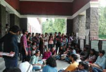 Students Protest Against The Discriminatory Fees Of Hindu College's Women's Hostel