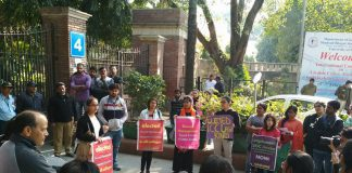 Pinjra Tod Protests Against Absence Of ICCs In DU Colleges | #MakeMyCampusSafe