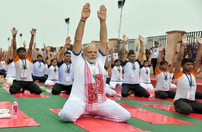 Yoga-tta Be Kidding Me: Capitalism and Gaslighting in Modi's India
