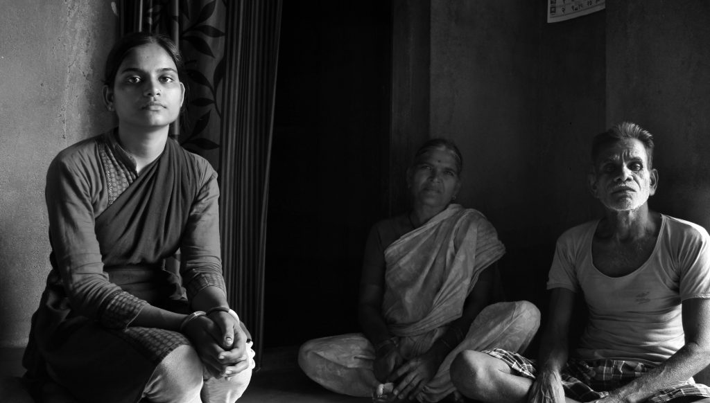 India's Resistance To Women's Migration For Work Leads To Our Abysmal Female Labour Force Participation