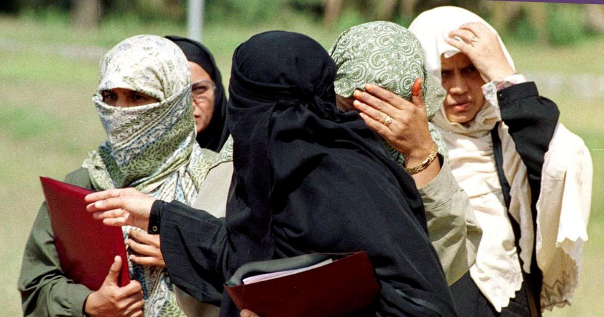 Is A Woman What She Wears? : Purdah In Modernity And Islam